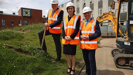 L-R Master of the Worshipful Company of Brewers Paul Wells, Dame Alice Owen head Hannah Nemko and Ch
