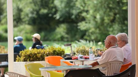 People enjoy the heatwave at Stanborough Lakes, WGC. Picture: DANNY LOO