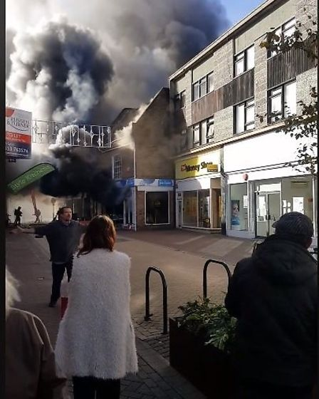 Dramatic images from the fire that has broken out in the centre of King's Lynn today. The fire is th