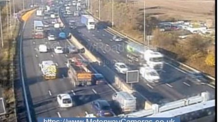 Traffic is building up on the M25 around the junctions for Potters Bar and South Mimms. Picture: H