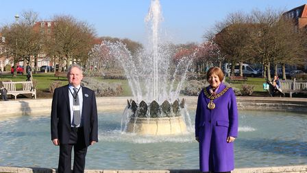 Councillor Duncan Bell and mayor cllr Barbara Fitzsimon at the newly refurbished Coronation Fountain