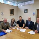 Welwyn Hatifield's MP Grant Shapps meets with Arriva executives to discuss the 300/301 service. Pict
