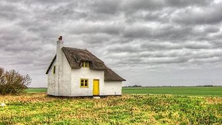 Canary Cottage on the A47 near Guyhirn