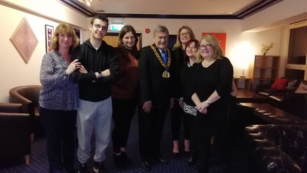 Quiz night for Potential Kids by the Welwyn Hatfield Mayor Cllr Roger Trigg. Picture: WHBC.