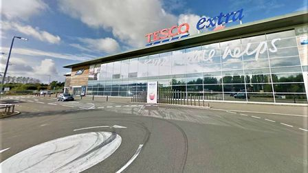 Tesco in Wisbech has been forced shut due to a large number of shoppers and long queues. Picture: Go