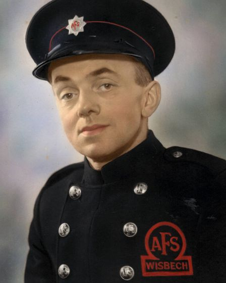 Frank Albins was an engineer and a member of Wisbech Auxiliary Fire Service during the war. Here, Fr