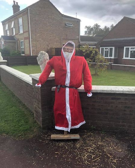 Father Christmas (Hawthorn Road) by Ronnie Thorpe