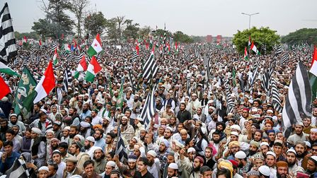 Activists and supporters of Islamic political party Jamiat Ulema-e-Islam (JUI-F). Photo: AAMIR QURES