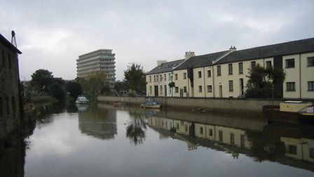 A £1million project to repair flood defences at Rolle Quay in Barnstaple is expected to begin in the