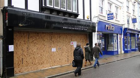 Tesco have been given the go-ahead for the store at 100-101 High Street, Barnstaple.