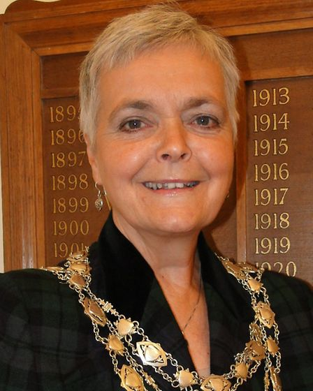 Ilfracombe Mayor Lynda Courtnadge says the town has to work with the fire service to get the best co