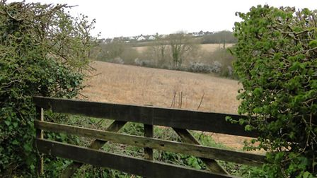 Plans for a 820-home development at Larkbear have been approved by North Devon Council.
