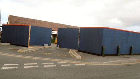 Blue and red fencing has appeared around the Sunshine Leisure cafe and amusements centre, amid specu