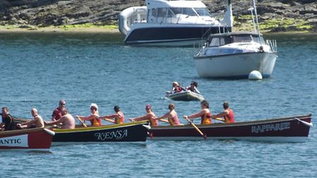 The Ilfracombe ladies veterans (right) on the start line before going on to battle hard for first pl