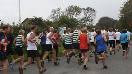 The runners set off at the start of the Bratton 7