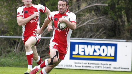 Toby Williamson scored a late try to seal a bonus point for Barnstaple. Picture: Kelvin Parsons