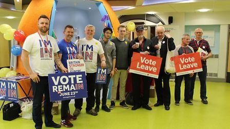 Representatives from the Stronger In and Vote Leave campaigns visited Petroc in Barnstaple on Thursd