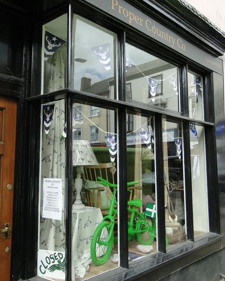 Shop and businesses in South Molton are also displaying green bikes to welcome the Tour of Britain.
