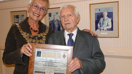 Three times Mayor of Northam, Keith Evers, was presented with his award of honorary alderman for Nor