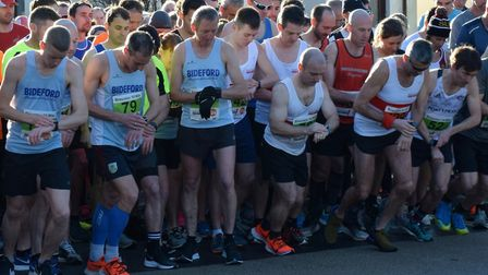 Competitors line up at the start of the Braunton 10. Picture: Sally Ann Harvey