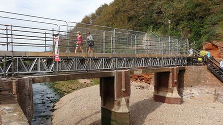 Alma Bridge with its scaffold walkway. Photo by Simon Horn. Ref shs 0399-37-12SH To order your copy