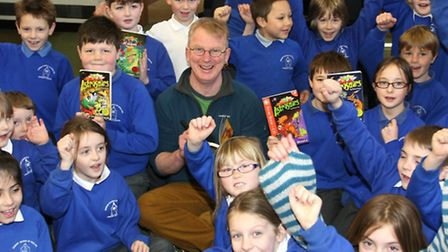 Woody Fox the Author of the Astrosaurs books with children from Sidbury primary school. Photo by Ter