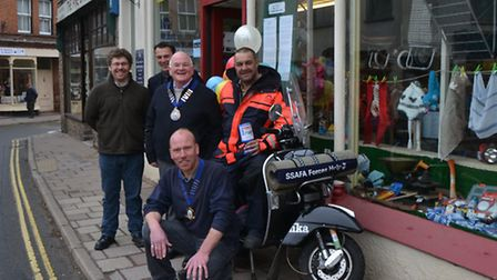 Pete Stopforth, who is riding around the entire Brisih coast to raise moeny for SSAFA, outside Rober