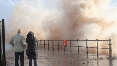 Spectactors with cameras at the ready at Sidmouth on Monday. Photo by Simon Horn. Ref shs 8899-02-14