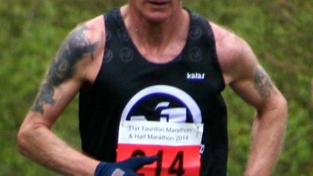 Terry Pares of the N1 Tri-Club in action