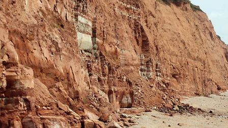 The latest cliff fall by the river mouth in Sidmouth. Photo by Terry Ife. Ref shs 3799-31-14TI To or