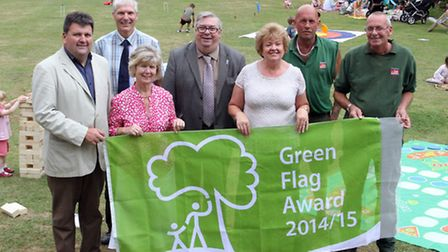 Councillors at the green flag award ceremony in Caunaught gardens. Photo by Terry Ife. Ref shs 3779-