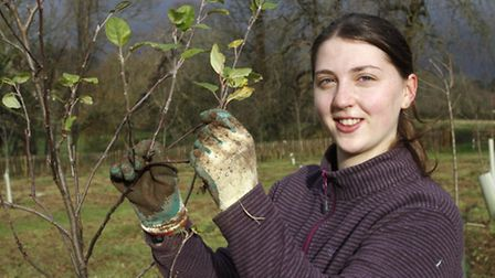 Griselda Shipp volunteer of The Friends Of The Byes at the wildlife hedge planting event. Ref shs 05