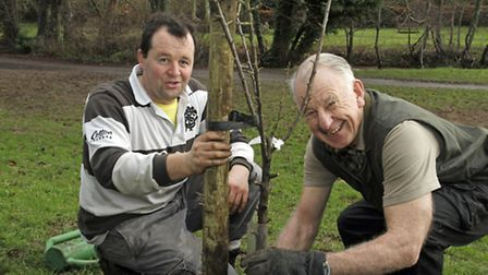 The Friends Of The Byes latest volunteer Ian McKenzi-Smith (right) with Michael Horsnell at the wild