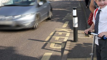 The school crossing outside Sidmouth primary school. Ref shs 5142-37-14TI. Picture: Terry Ife