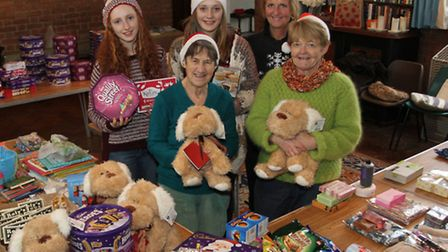 Food bank volunteers gave out 22 festive hampers and 23 goodie bags over Christmas. Ref shs 3448-50-