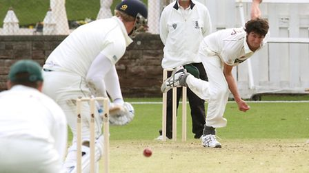 Sidmouth player Andy Mathieson bowls against Bovey Tracey at the Fortfield.. Ref shsp 5797-20-15SH.