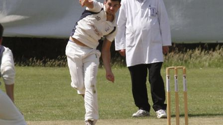 Matt Reed bowling for Ottery cricket club. Ref shsp 0118-28-15TI. Picture: Terry Ife