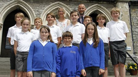 Beer primary school leavers with headteacher Martin O'Mahony. Ref shb 1500-30-15TI Picture: Terry If