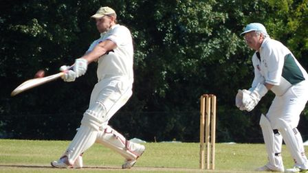 Nick Gingell hits out om his way to his 19-ball half century