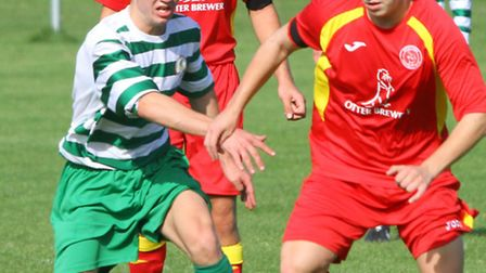 Sidmouth Town Vs Upottery. Ref shsp 9393-39-15AW. Picture: Alex Walton