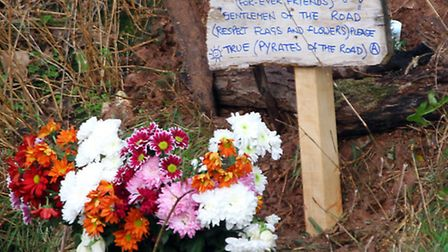 A tribute left to two homeless men who lost their lives near Alma Bridge. Ref shs 4421-47-15AW. Pict