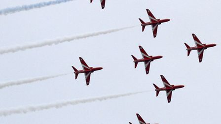 The Red Arrows at Sidmouth. Ref shs 5774-35-15TI. Picture: Terry Ife