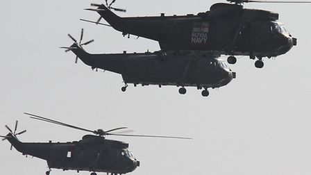 Farewell to the Junglies- The spectacular sight of five Mk4 Sea Kings followed by a Merlin pass by S