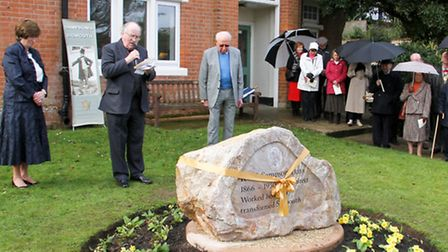 Rev Robin Laird at the commemoration of the 150th anniversary of R W Sampson's birthday. Ref shs 09-