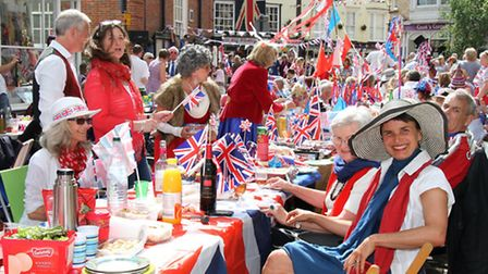 Sidmouth street party to celebrate the Queen's 90th birthday. Ref shs 24-16SH 8259. Picture: Simon H