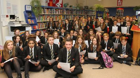 Students at Sidmouth College took part in a World Record reading challenge attempt. Ref shs 25-16SH