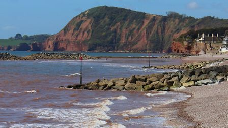 A view west along Sidmouth shoreline. Ref shs 18-16SH 0065. Picture: Simon Horn.
