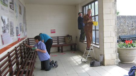 Volunteers working on the Self Shelter