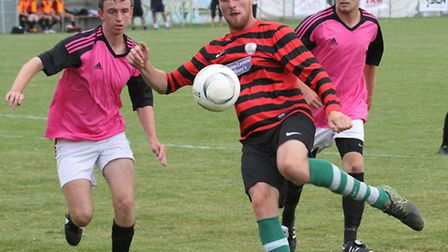 Sidmouth reserves played Ipplepen at the Manstone ground on Saturday. Ref shsp 31-16SH 3971. Picture