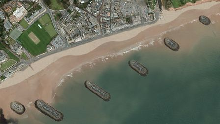 The alternative to Option Four, with the breakwaters rotated